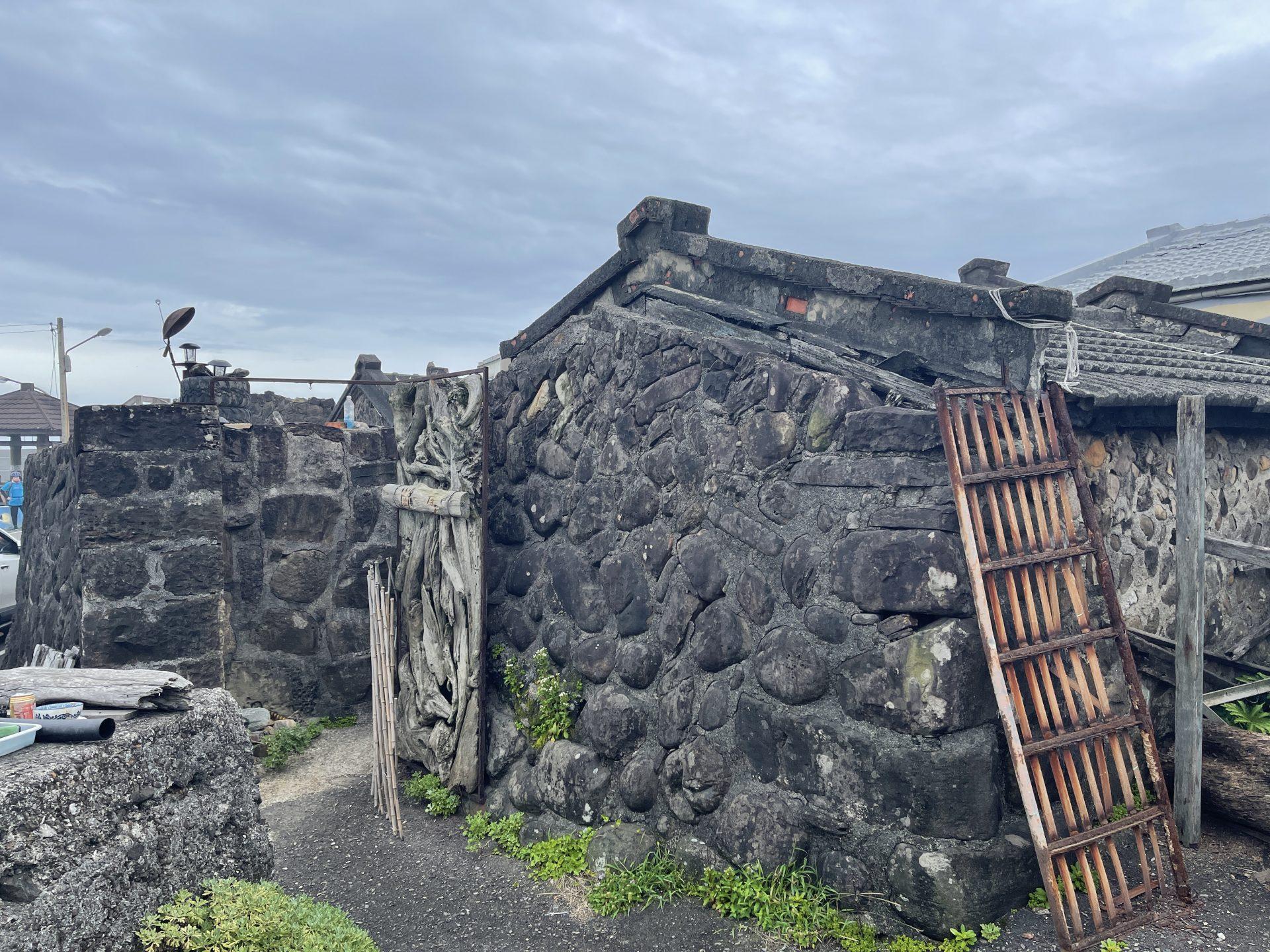 馬崗漁村的石頭屋聚落。