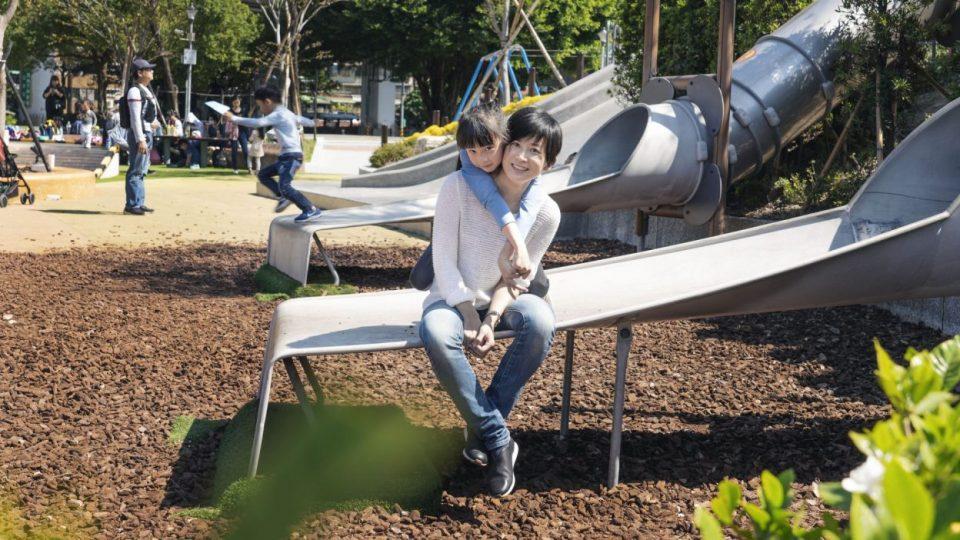 用行動守護玩樂的權利 一場親子共同參與的遊戲場改革行動: 還我特色公園行動聯盟 林亞玫